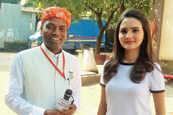 TV_Actress_Ashu_with_RJ_Ramesh.jpg